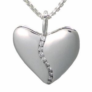 10 Diamond Heart in Elegant Gift Tin